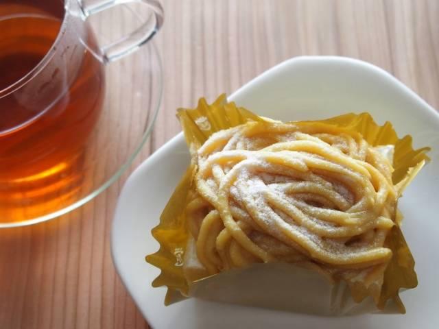 モンブランケーキと紅茶|写真素材なら「写真AC」無料(フリー)ダウンロードOK (8665)