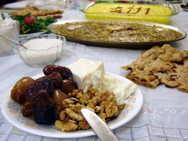 イフタールの食事