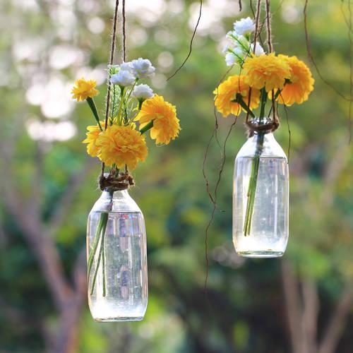 Monthira Yodtiwong/Shutterstock.com (14931)