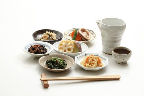 kazoka/Shutterstock.com (18910)