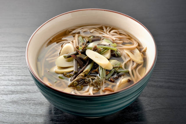 Sansai Soba Stock Photo 347403005 : Shutterstock (30529)