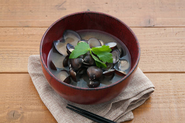 Japanese Cuisine, Miso Soup Of The Corbicula Stock Photo 372752182 : Shutterstock (30550)