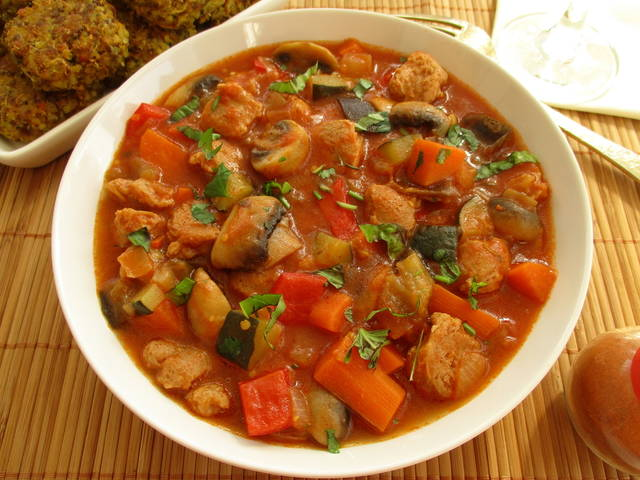 Vegetable Stew With Soy And Mushrooms 写真素材 500995108 : Shutterstock (31719)