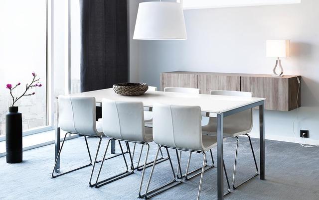 白基調のデザイン★ 清潔感のあるオフィスにするなら参考にしたい写真リスト