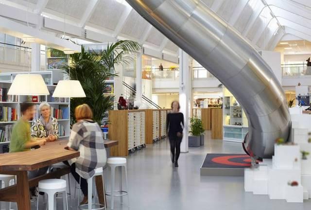 http://www.24horas.cl/tendencias/magazine/un-sueno-estas-son-las-12-oficinas-mas-cool-del-mundo-1367691 (10)