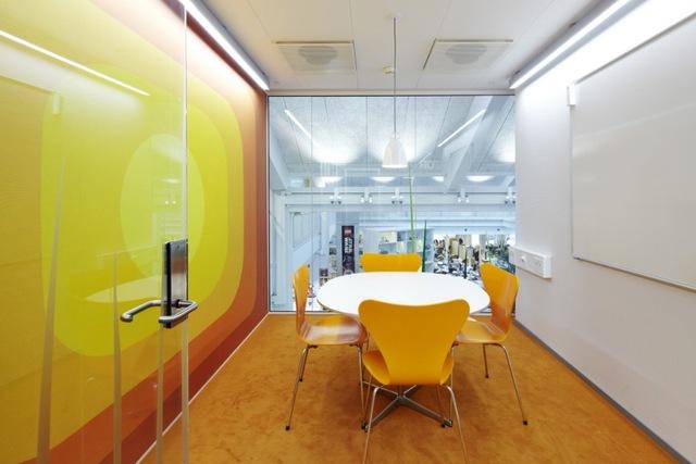 http://www.sijalica.com/interior/legos-office-in-denmark/ (23)