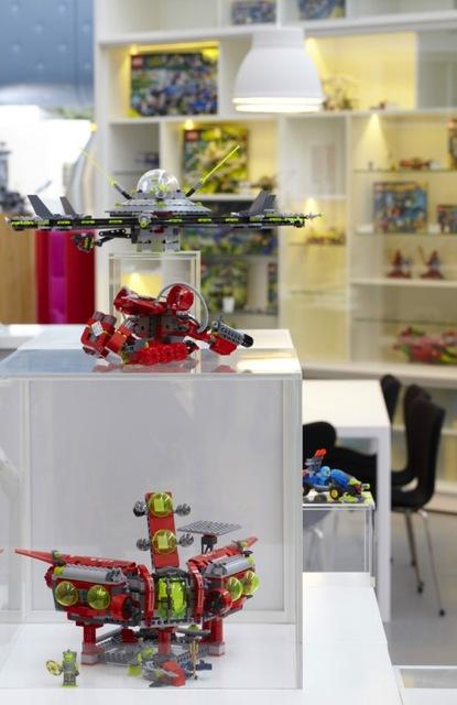 http://www.sijalica.com/interior/legos-office-in-denmark/ (42)