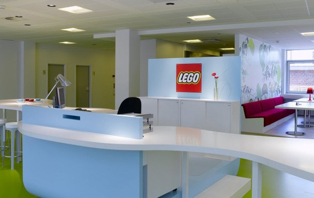 http://www.sijalica.com/interior/legos-office-in-denmark/ (46)