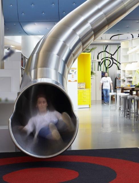 http://www.sijalica.com/interior/legos-office-in-denmark/ (51)