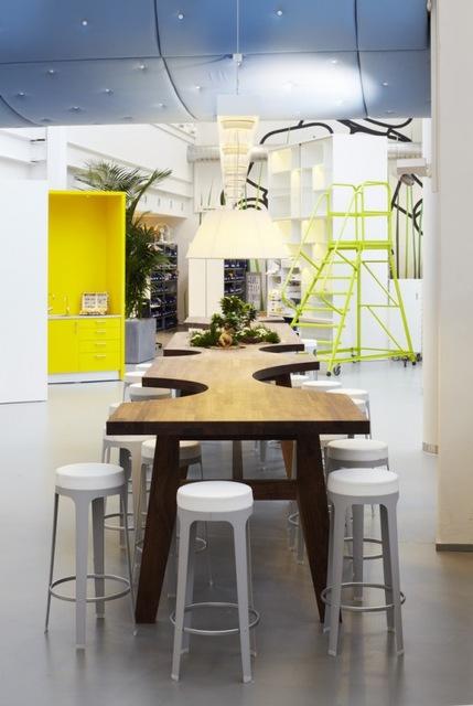 http://www.sijalica.com/interior/legos-office-in-denmark/ (54)