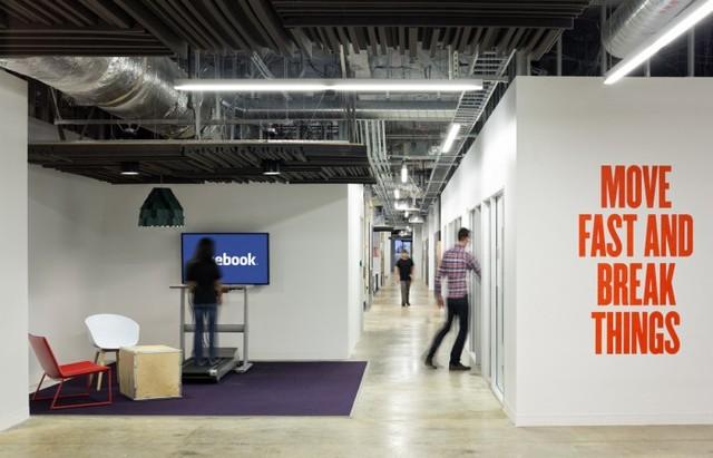 http://officesnapshots.com/2013/02/04/facebook-menlo-park-office-design/ (77)