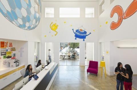http://officesnapshots.com/2013/02/04/facebook-menlo-park-office-design/ (84)