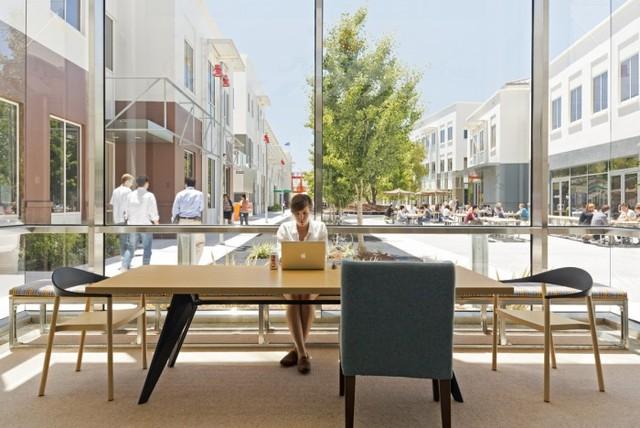 http://officesnapshots.com/2013/02/04/facebook-menlo-park-office-design/ (98)