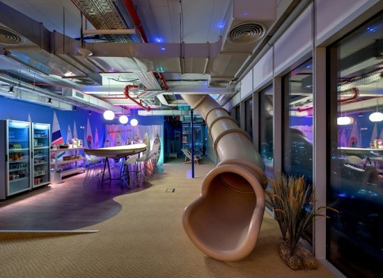 http://officesnapshots.com/2013/01/31/google-tel-aviv-office-design/ (161)