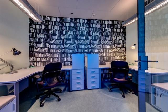 http://officesnapshots.com/2013/01/31/google-tel-aviv-office-design/ (190)