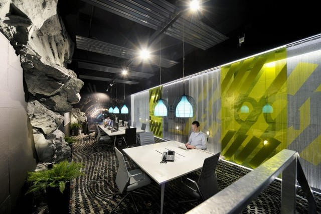http://officesnapshots.com/2012/02/17/awesome-previously-unpublished-photos-of-google-zurich/ (217)