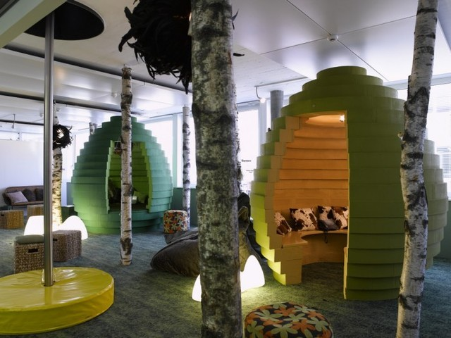 http://officesnapshots.com/2012/02/17/awesome-previously-unpublished-photos-of-google-zurich/ (237)