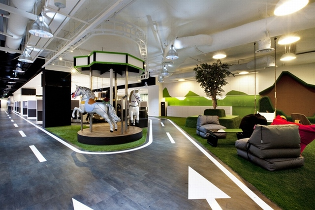 BREAKOUT AREAS! SingTel call centre by SCA Design, Singapore »  Retail Design Blog (3010)