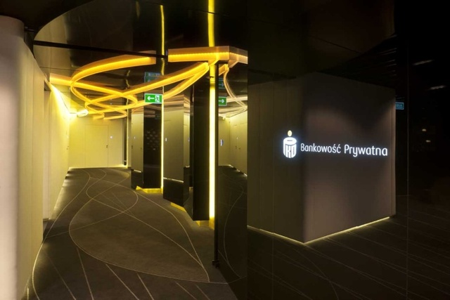 PKO Bank Polski by Robert Majkut Design, Poland »  Retail Design Blog (3031)