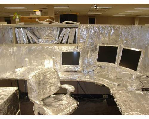 April Fool's at the office (3224)