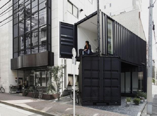 世界が注目する日本発のコンテナリサイクルオフィス「CC4441」がクール! | 未来住まい方会議 by YADOKARI | ミニマルライフ/多拠点居住/スモールハウス/モバイルハウスから「これからの豊かさ」を考え実践する為のメディア。 (3752)