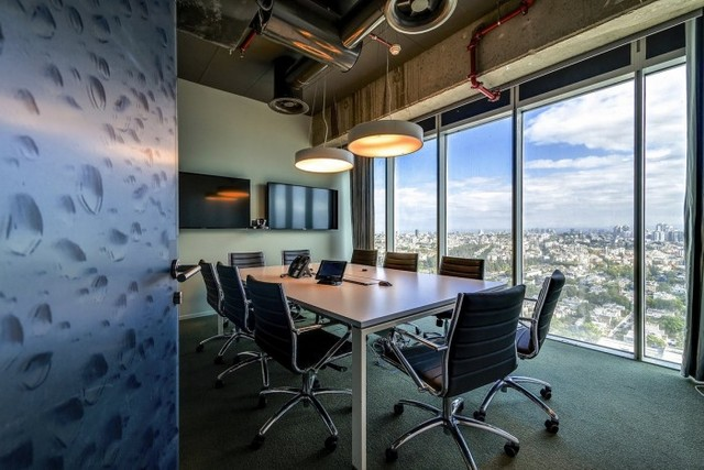 Inside The New Google Tel Aviv Office - Office Snapshots (4832)