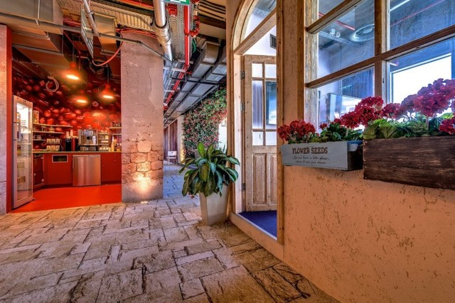 Inside The New Google Tel Aviv Office - Office Snapshots (4853)