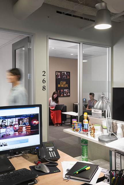 Hulu - Santa Monica Headquarters - Office Snapshots (5182)