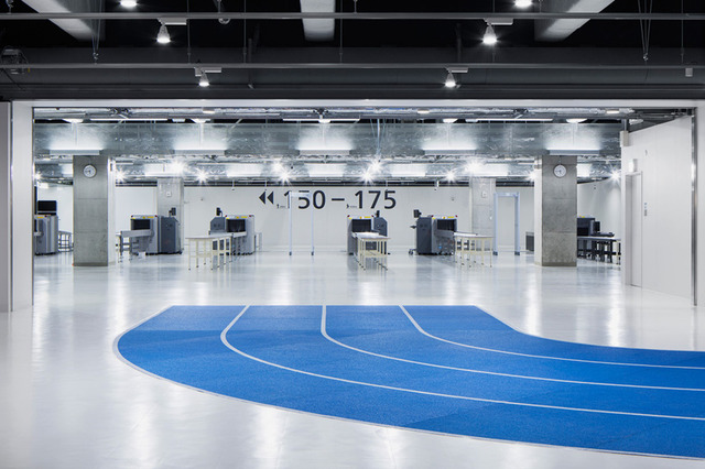 narita airport's new terminal has color-coded running tracks (5945)