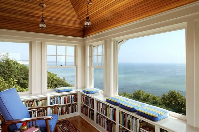 Home Offices with an Ocean View (7041)