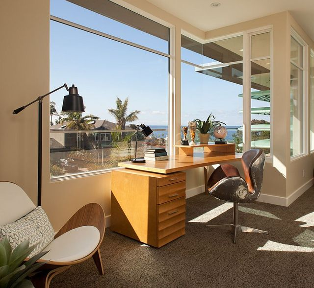 Home Offices with an Ocean View (7043)