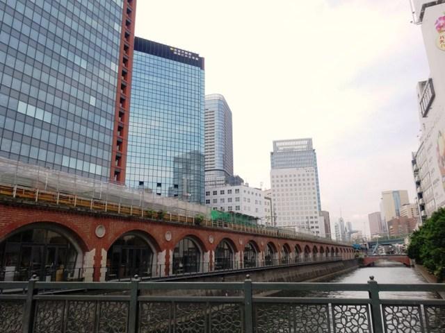 万世橋から見る神田川