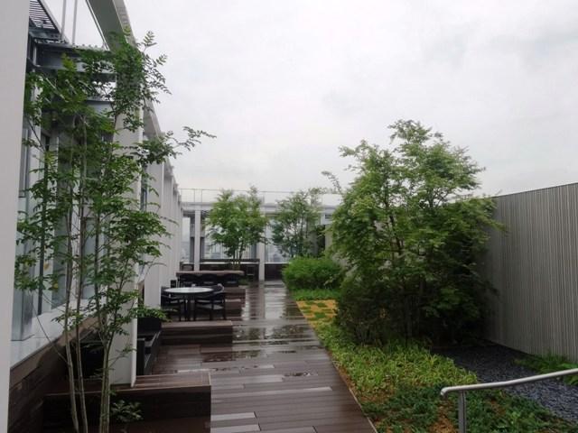 京橋MIDビルの屋上ルーフテラス