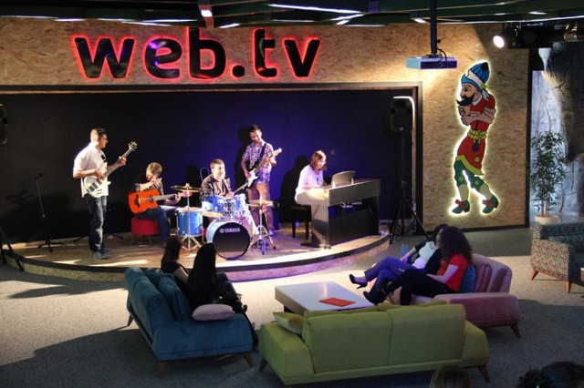 Inside Web.tv's Playful Headquarters - Office Snapshots (9494)