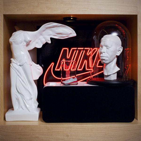 Amazing Office of Nike CEO  (35 pics) - Izismile.com (10321)