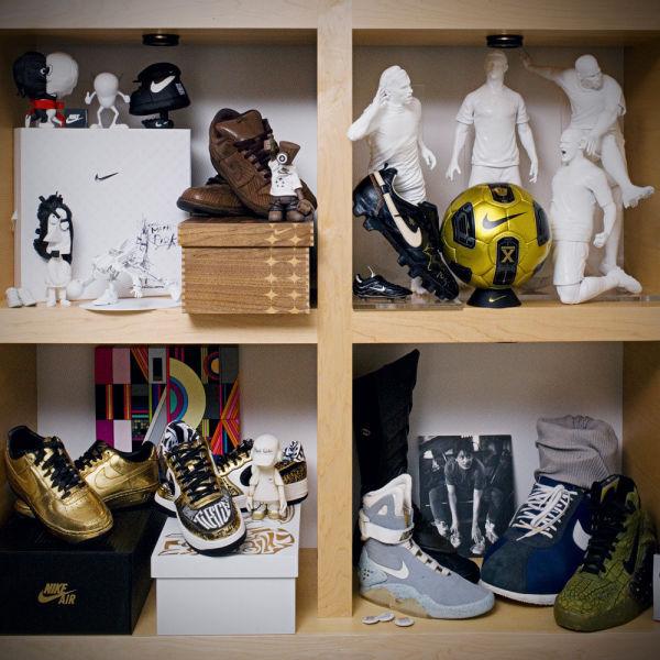 Amazing Office of Nike CEO  (35 pics) - Izismile.com (10421)