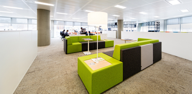 Lonely Planet - London Offices - Office Snapshots (11233)