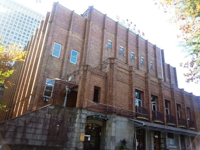 市政会館は日比谷公会堂と一体