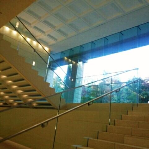 ガーデンシティ品川御殿山 玄関階段