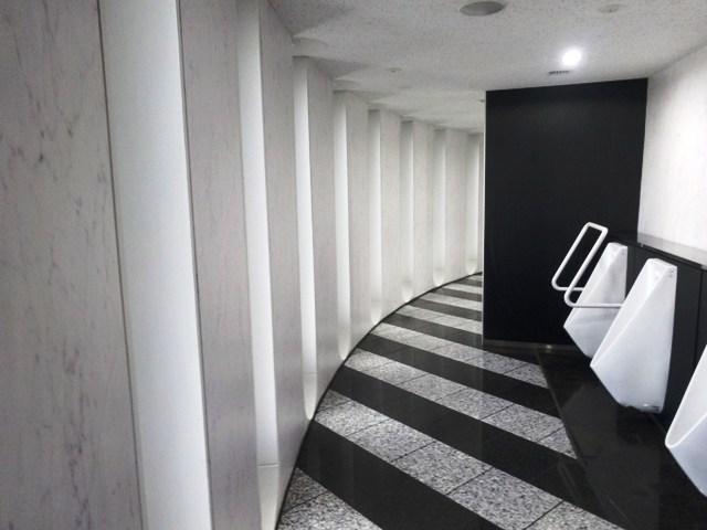 円形のトイレ