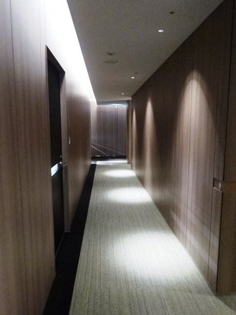 Oak meguro共用部の廊下