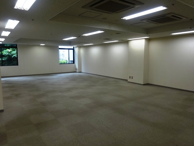 新紀尾井町ビル 6階の一室②