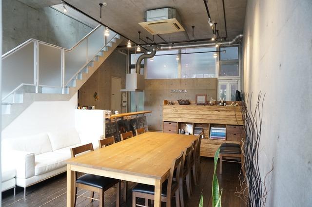 材質とデザイン。こだわり抜いたミーティングスペースで信頼を得よう
