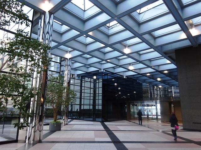 新宿エルタワー 2階エントランス