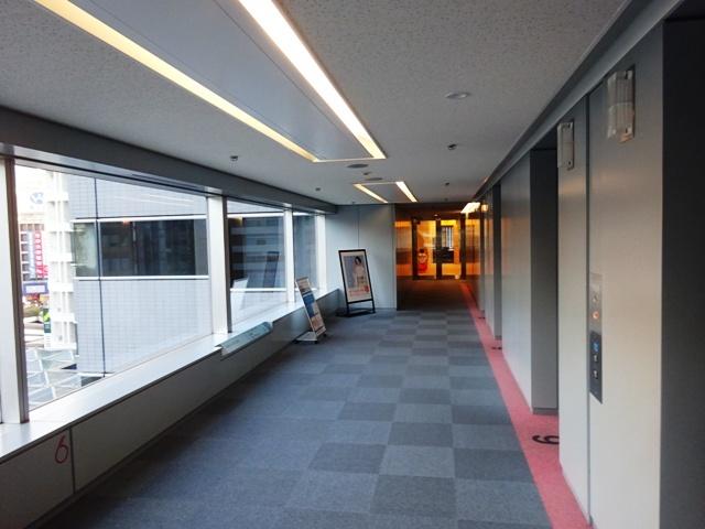 新宿エルタワー EVホール