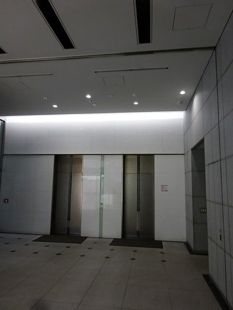 エントランスホール②