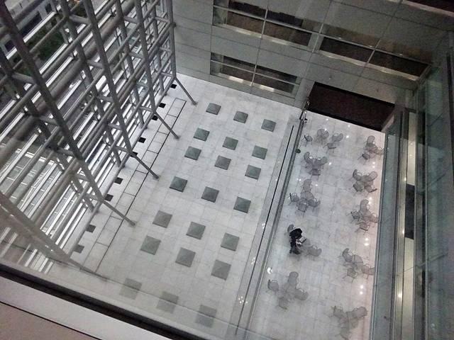 TFTビル西館 ホール