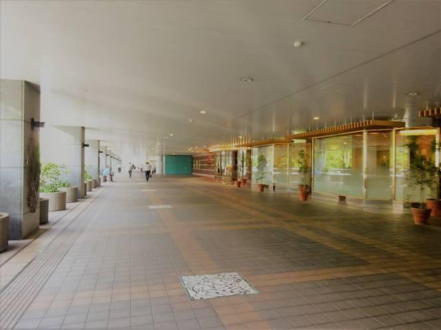 アルカタワーズの回廊
