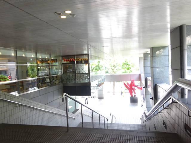 アルカウエスト 玄関