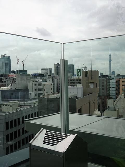 屋上の喫煙所からの眺め